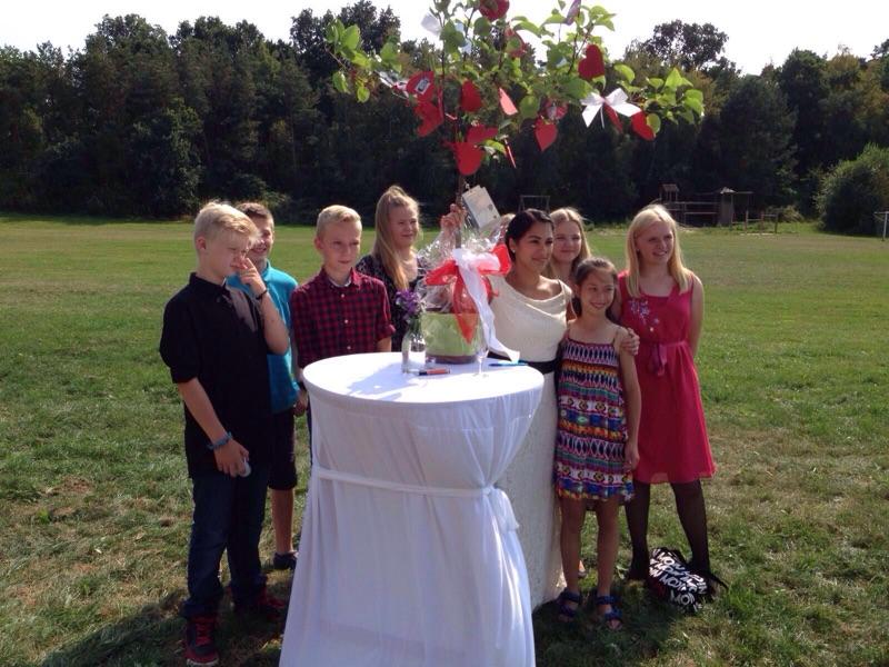 Auch einige Schülerinnen und Schüler der R7b waren unter den Hochzeitsgästen!